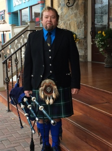 Loved the Piper too - special for this book signing event.  He is a Piper for Hire contact him at celtic4m@hotmail.com